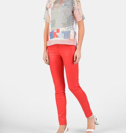 Женские красные джинсы EMPORIO ARMANI